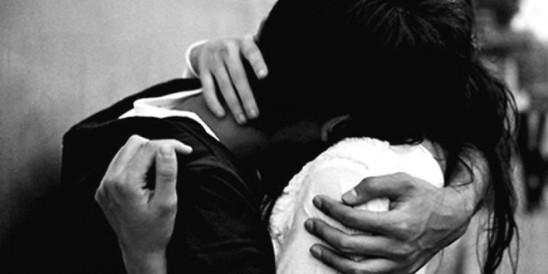 sweet-romantic-hug-wallpapers-1280x720-660x330
